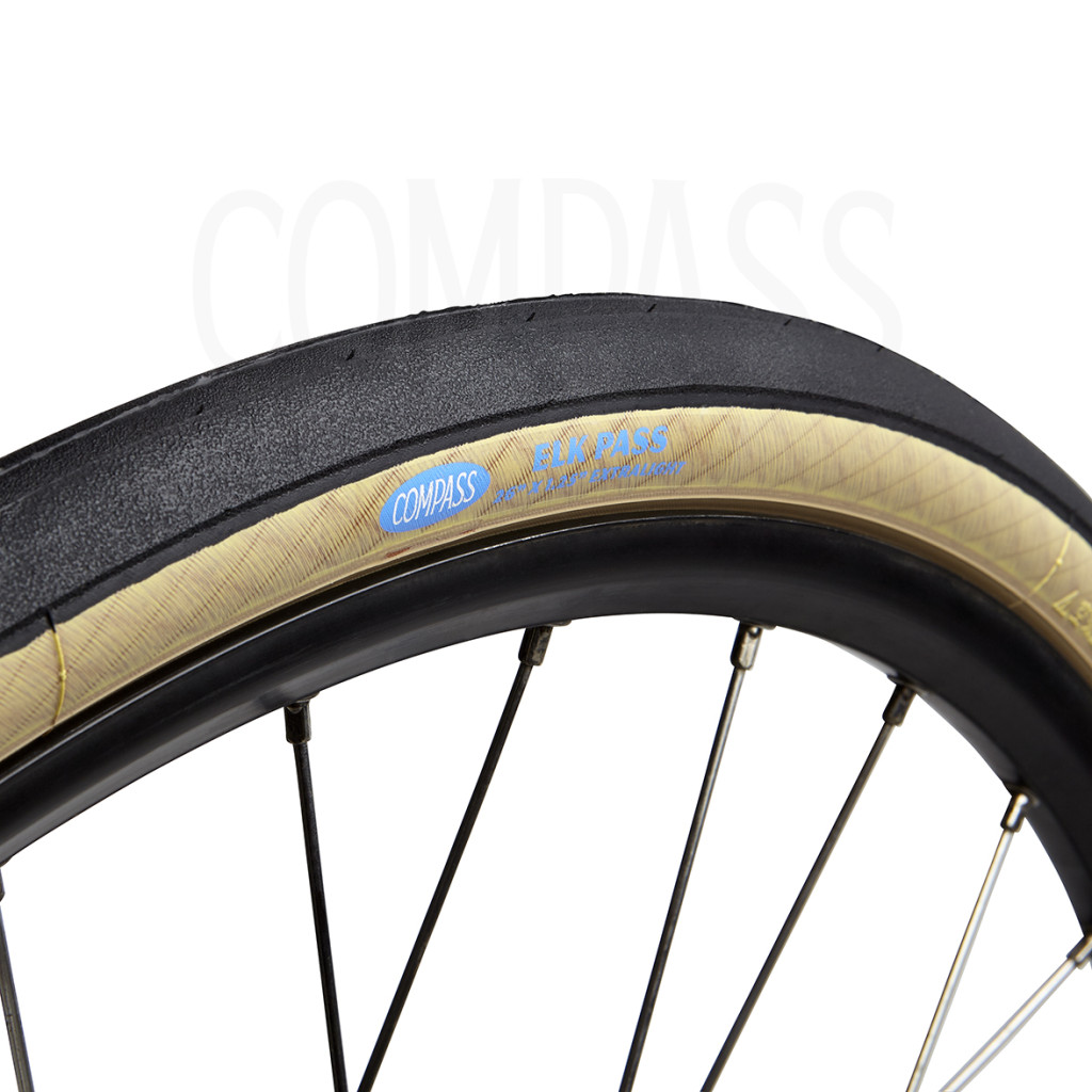 "Elk Pass 26"" road tire (32-559)"